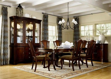 Mount Vernon Dining Room Set