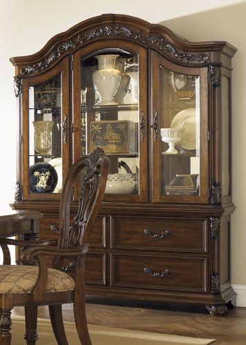 Yorkshire China Cabinet Pic